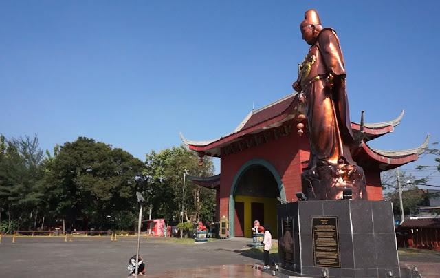 Patung Cheng Ho Tertinggi di Dunia Klenteng Sam Poo Kong Semarang