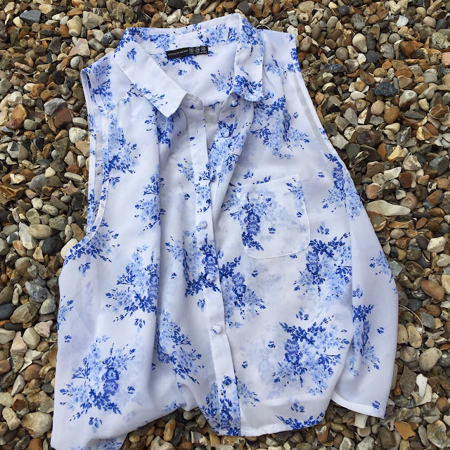 Primark Porcelain blue floral blouse