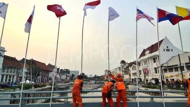 Sandi Beri Tiket VVIP Kepada Pemasang Bendera Bertiang Bambu Asian Games