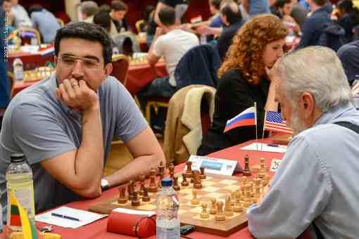 Après 3 rondes de l'édition 2017 du tournoi d'échecs de l'Ile de Man, le Russe Vladimir Kramnik s'est déjà incliné deux fois - Photo © John Saunders
