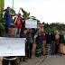 Jalan Tak Kunjung Diperbaiki, Masyarakat Dan Mahasiswa Lakukan Aksi Peduli