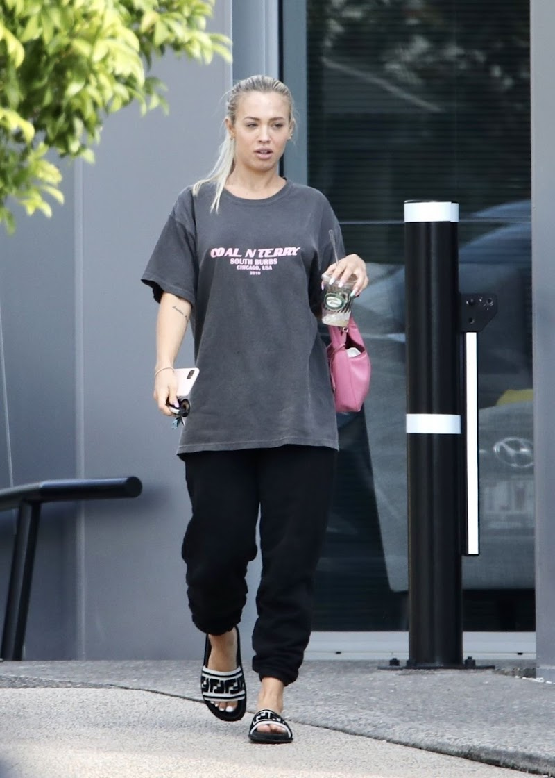 Tammy Hembrow  Snapped While Leaving Her Podcast at Gold Coast 16 Jun -2020