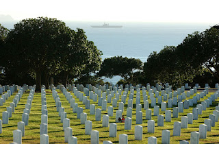 https://commons.wikimedia.org/wiki/File:Fort_rosecrans_cemetery.jpg