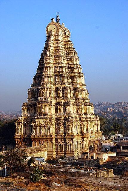 10 Best Backpacking Destinations in India | Virupaksha Temple, Hampi, India