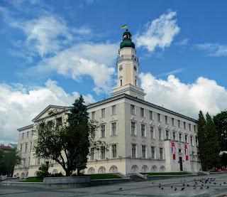 Дрогобич. Площа Ринок. Міська ратуша. Пам'ятка архітектури