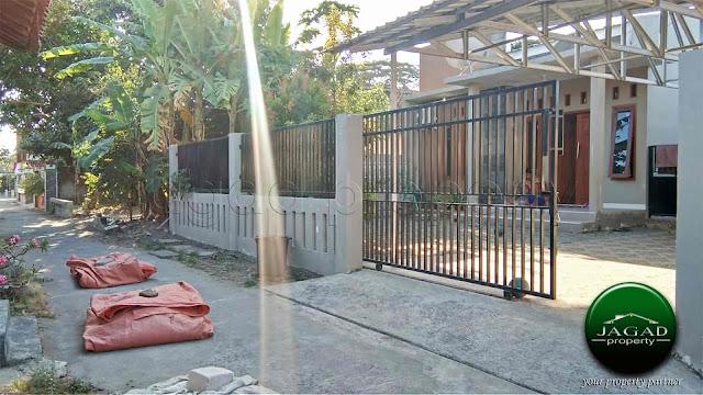 Rumah Tanah Luas jalan Parangtritis Km 7