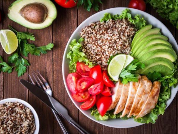 مكونات طبق العشاء الصحية