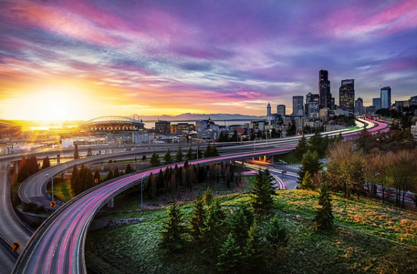 Dynamic Seattle Light Surrealize