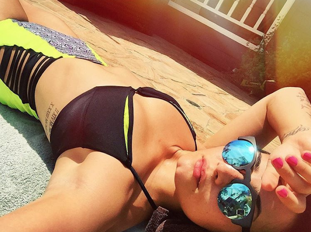 Orgasmic Pic of Demi Lovato in Bathing Suit