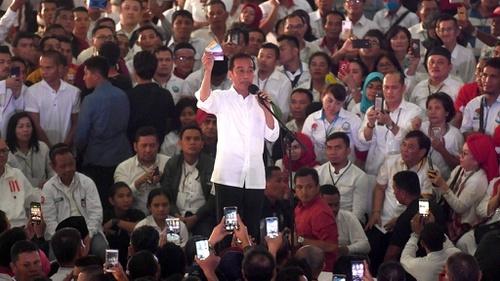 """Relawan Jokowi Masih Tersebar, Terbelah Kepada Tiga """"Bang Jago"""""""