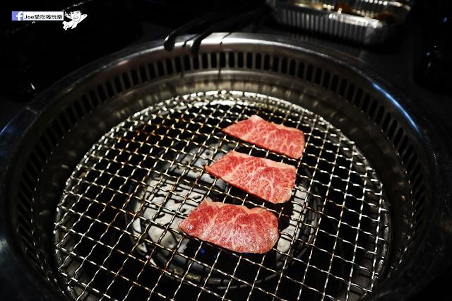 IMG 8791 - 【熱血採訪】肉多多 - 超市燒肉,三五好友一起來採購,想吃甚麼自己拿,現拿現烤真歡樂! 產地直送活體海鮮現撈現烤、日本宮崎5A和牛現點現切!
