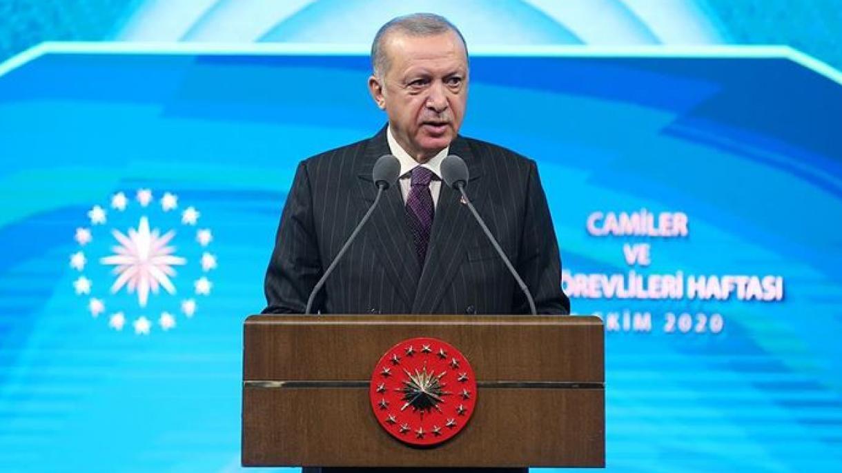 VIDEO - Islam : Erdogan dénonce les déclarations de Macron comme «une provocation...!»