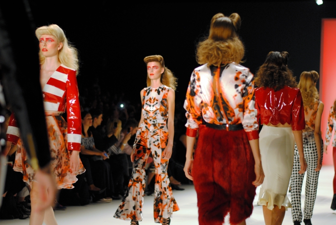 how to get access to fashion week