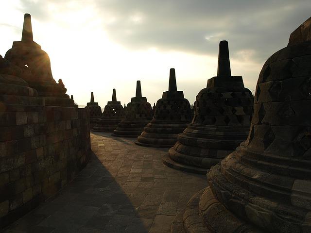 3 Hotel Dekat Candi Borobudur
