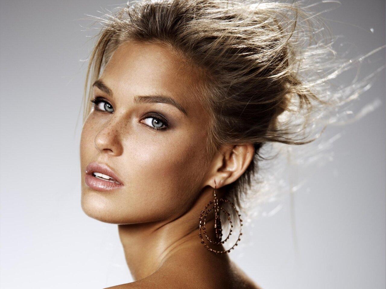 women jewish model nude