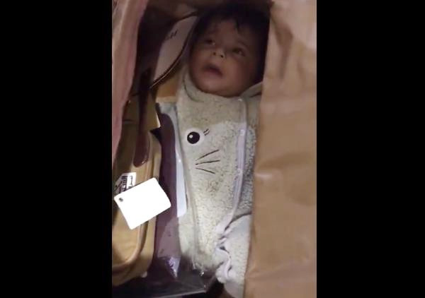 Infant stuffed in bag found at Dubai Airport; IPS officer shares video on Twitter, Dubai, News, Airport, Child, Kidnap, Twitter, Video, Gulf, World
