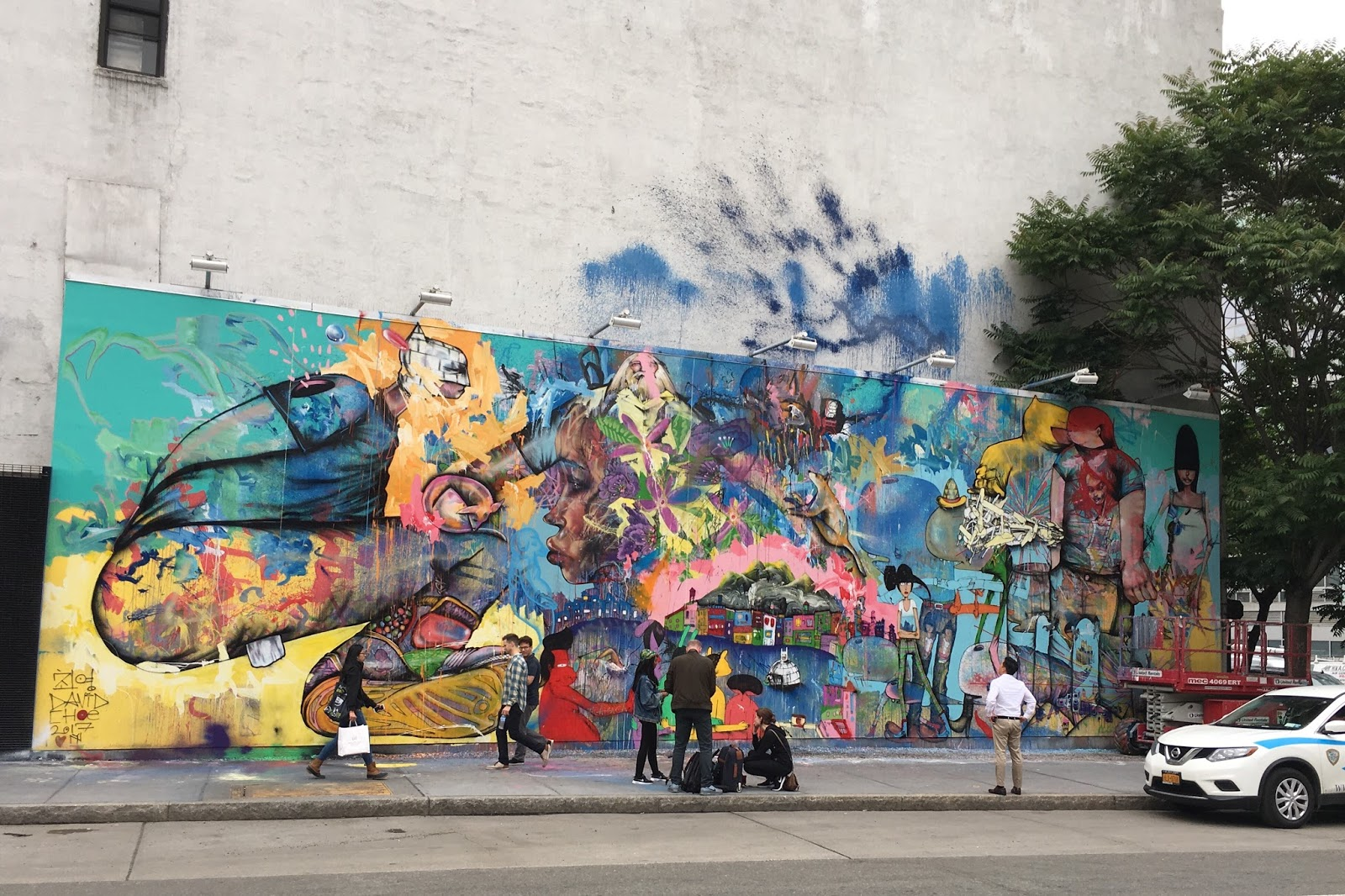 Ev grieve updated looking at david choe 39 s finished for Bowery mural nyc