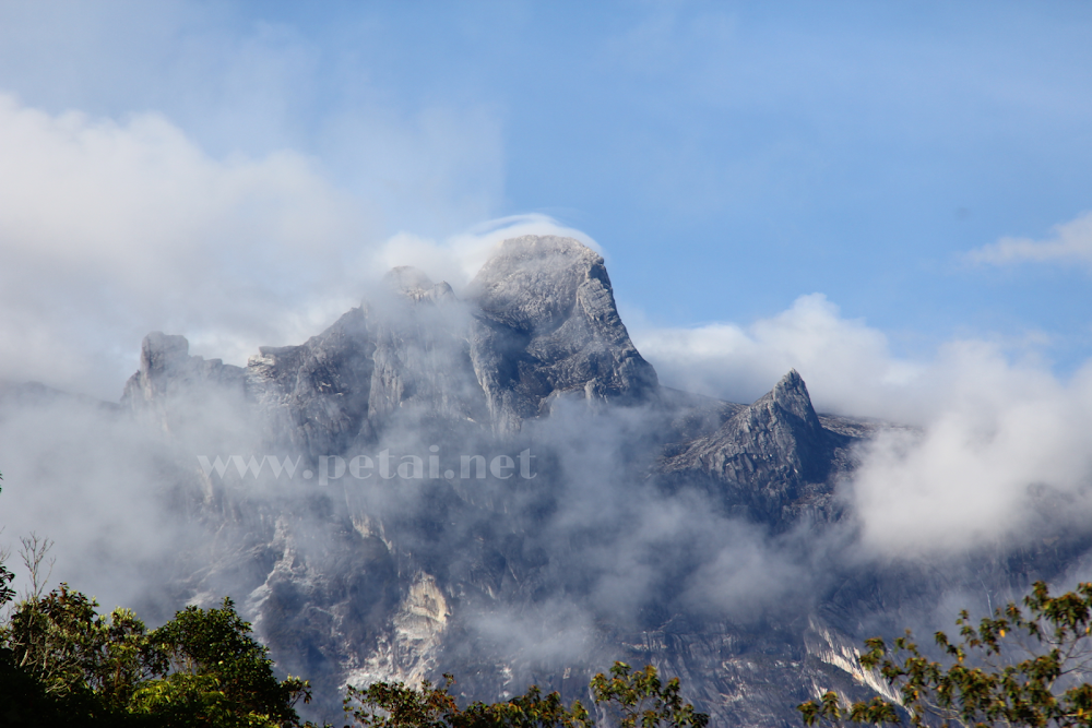 Puncak Gunung Kinabalu