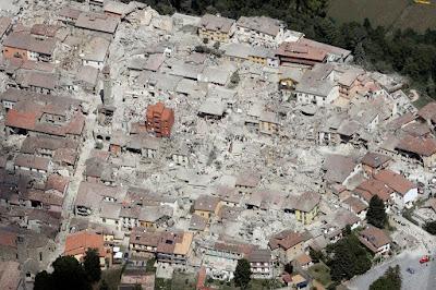 Áder János, Olaszország, földrengés, olaszországi földrengés, természeti katasztrófa, Amatrice,