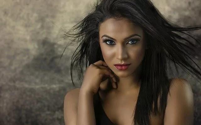 cute hot look girl with brown eyes
