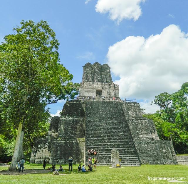 Templo da Lua de Tikal, Guatemala