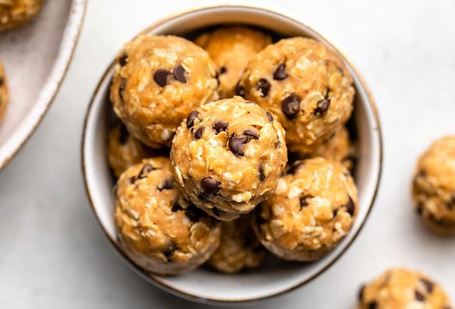 Peanut Butter Energy Balls - Weight Watchers Breakfast Ideas