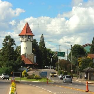 A Torre: Vista de Quem Chega a  Nova Petrópolis Vindo de Porto Alegre