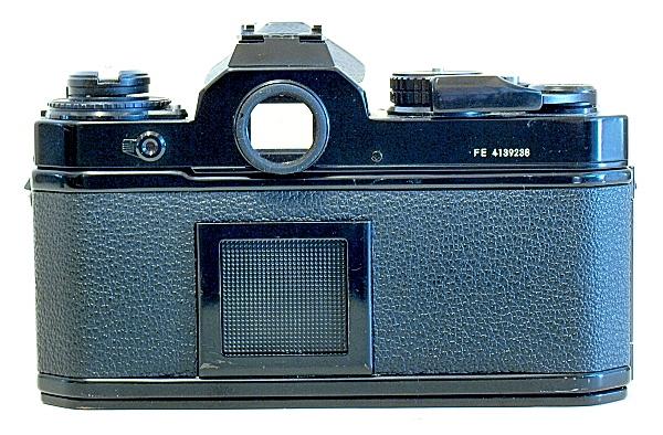 Nikon FE, Back