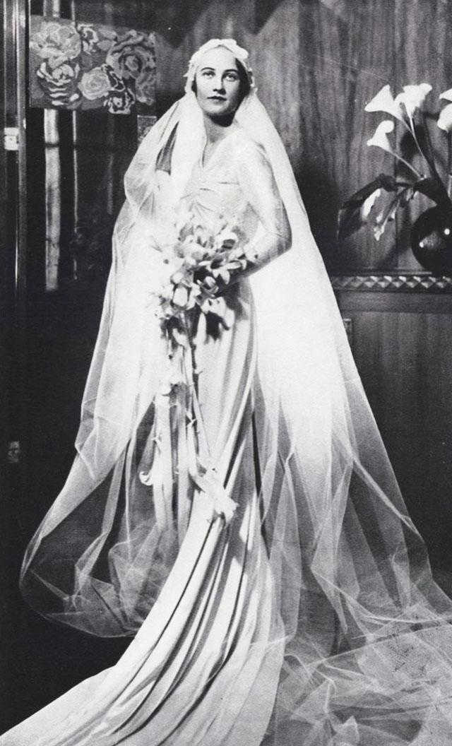 VIOLA PLAYS THE WORLD: Vintage Wedding Dress 1920-1970s