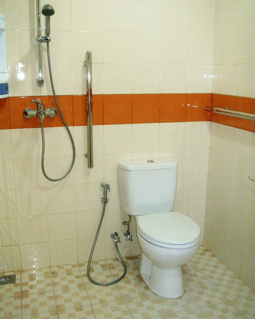 gambar kamar mandi sederhana ala indonesia