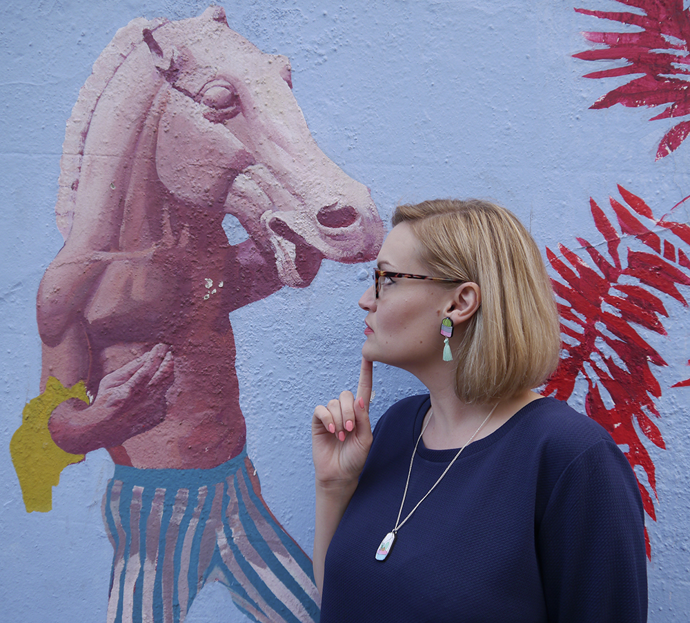 blue outfit, oversized slouchy dress, uk lifestyle blogger, wardrobeconversations, monki dress, graffiti art edinburgh, street art edinburgh leith, blogger photo spot in scotland