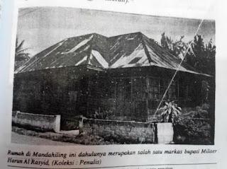 rumah bersajaran di Kabupaten Tanah Datar