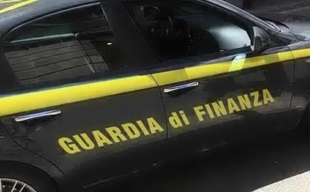 Fiumicino: omicidio –suicidio, sottufficiale della Guardia di Finanza, uccide la compagna e si spara