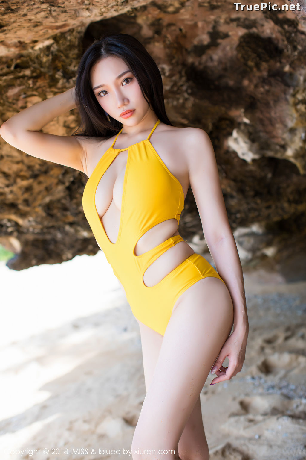 Image IMISS Vol.227 - Chinese Model Xiao Hu Li (小狐狸Sica) - Bikini On the Beach - TruePic.net - Picture-7