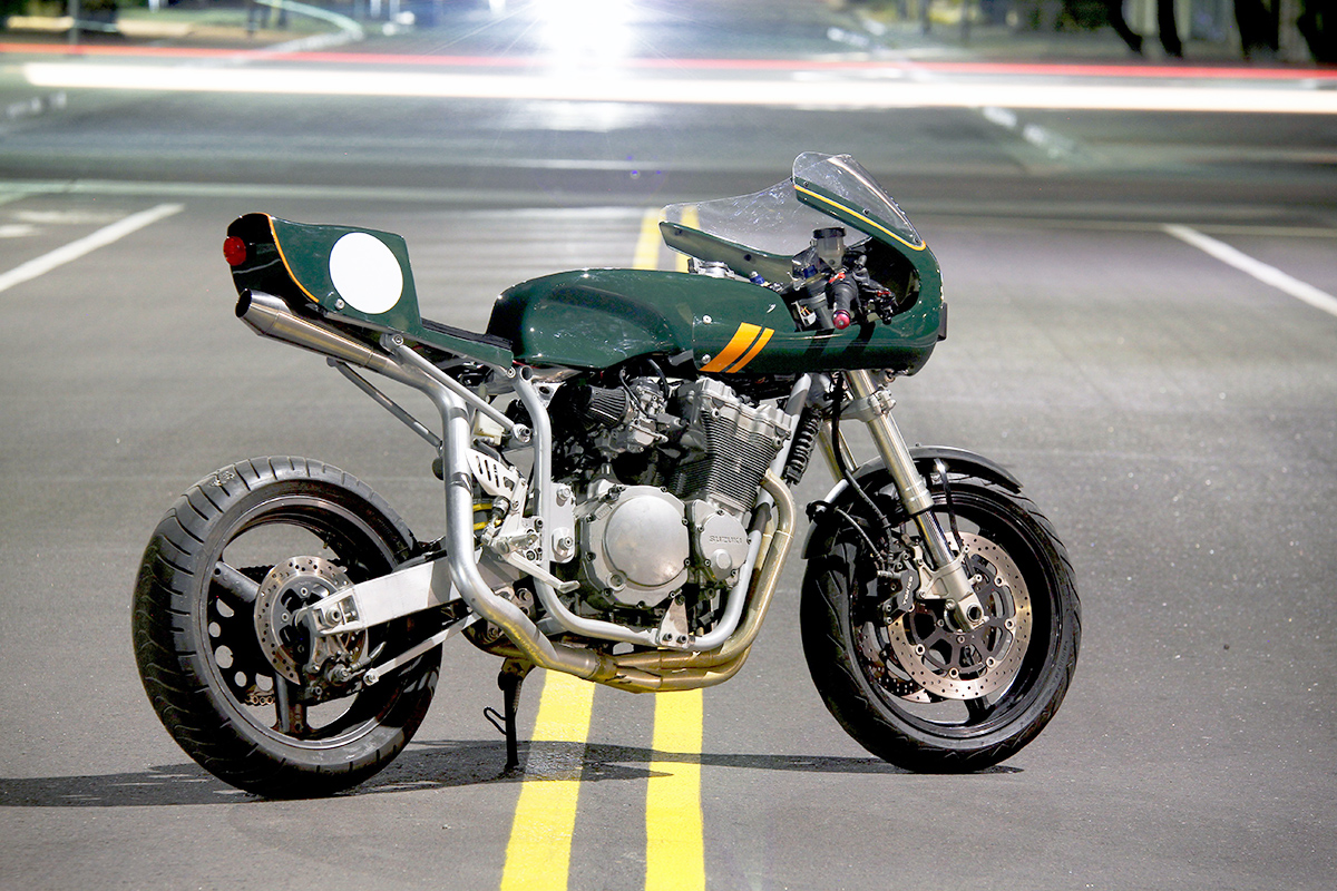 Diy delight moto8ight cafe racer kit return of the cafe racers suzuki caferacer kit 6 solutioingenieria Images