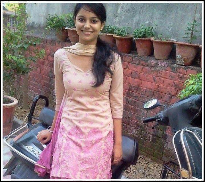 Hd wallpapers indian girls on bike hd wallpapers - Indian beautiful models hd wallpapers ...