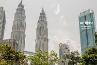 Petronas Twin Towers, Kuala Lumpur, Malaysia. www.WELTREISE.tv