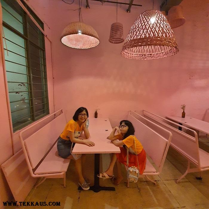 Pik Nik Cafe Beautiful Decor Instagrammable