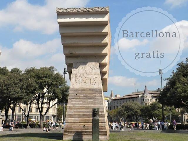 visitare Barcellona gratis: Plaça de Catalunya
