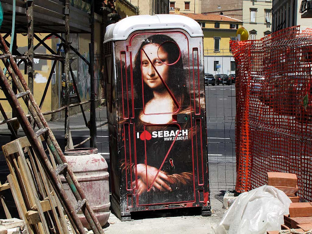 Portable toilet with Mona Lisa, Livorno