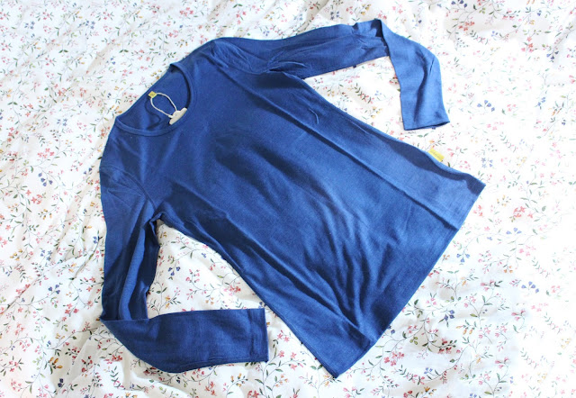 Denim Merino Se 160 Long Sleeve Set, Menique merino wool review, Menique review, Menique blog review, Menique Lithuania, Menique etsy review, Menique brand, merino wool loungewear review
