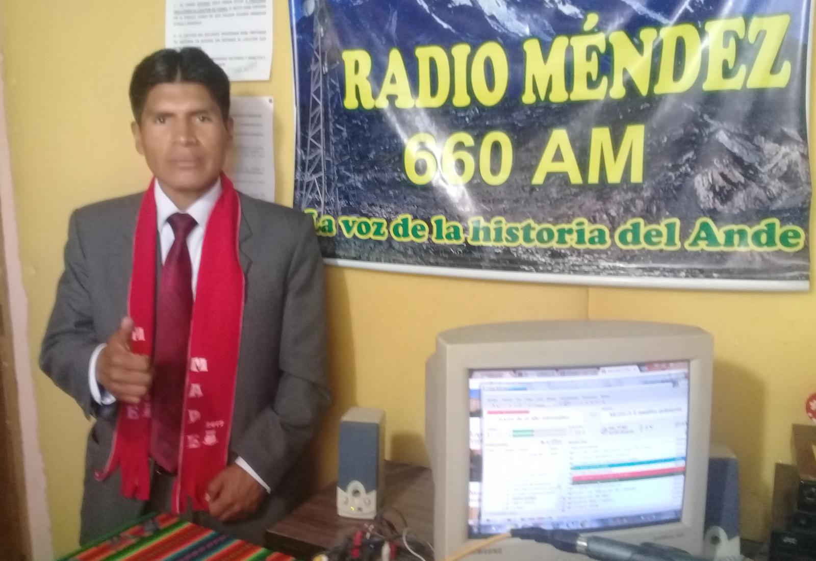 Néstor Flores, abogado titulado de la casa de estudios superiores de El Alto
