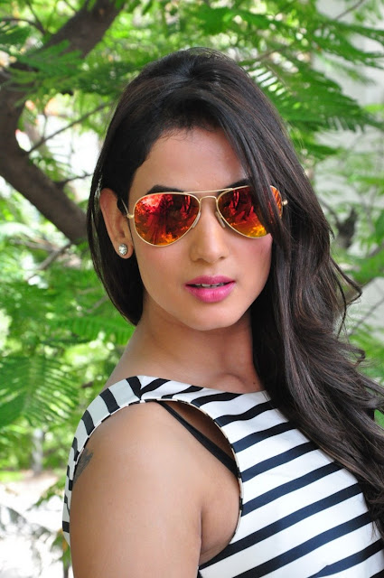 Sonal-Chauhan-In-Goggles