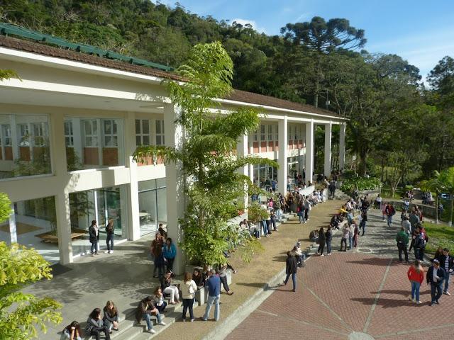 Petrópolis ganha Centro Universitário