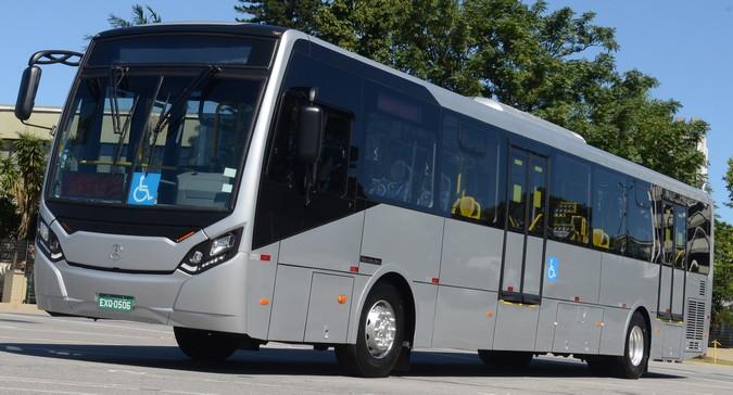 Super Padron: Mercedes-Benz apresenta maior ônibus urbano 4x2 do Brasil