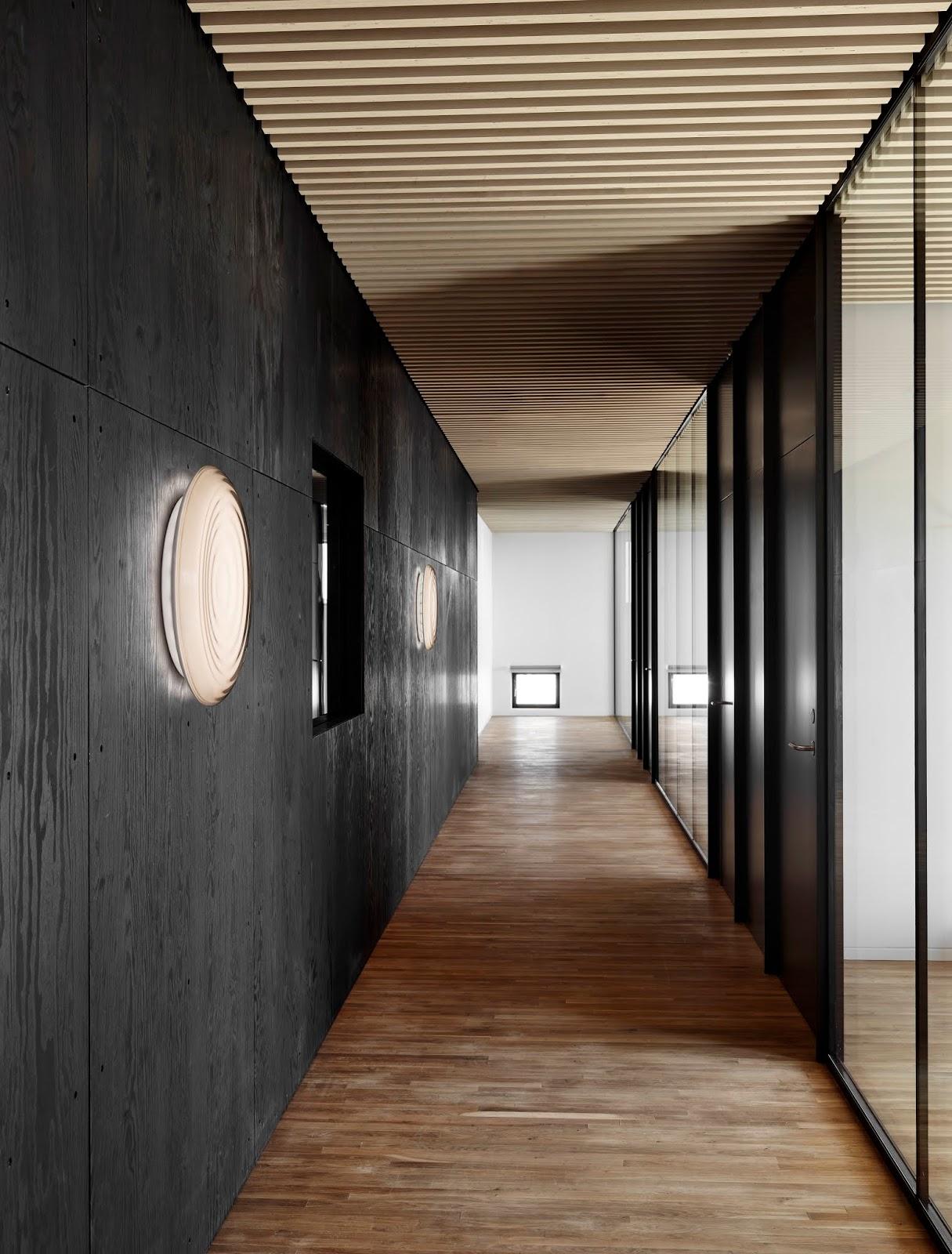 Oświetlenie w korytarzu