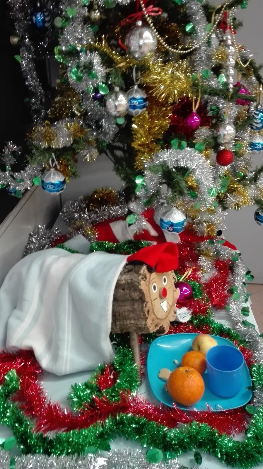 Colegio espa ol mar a moliner el ti de nadal y mural for Mural navideno