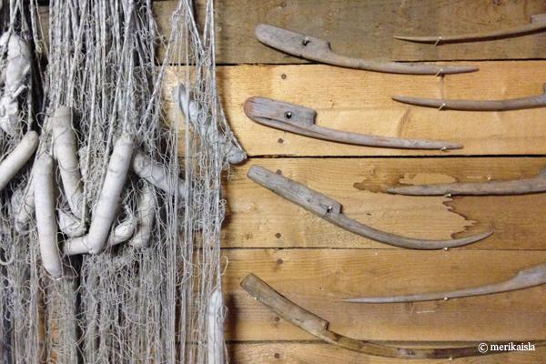 Vanha kalastusverkko, verkkokorkki, puikkari