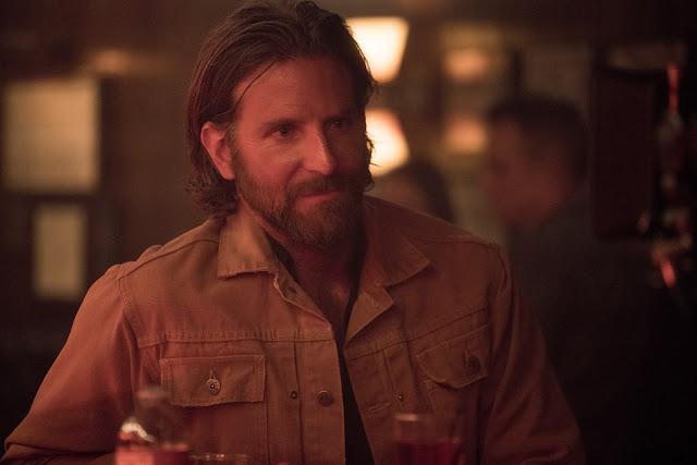 Bradley Cooper negocia para substituir Leonardo DiCaprio em terror de Guillermo del Toro