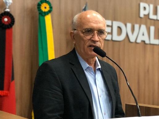 Prefeito Interino de Patos, convoca imprensa para coletiva na segunda-feira (14)